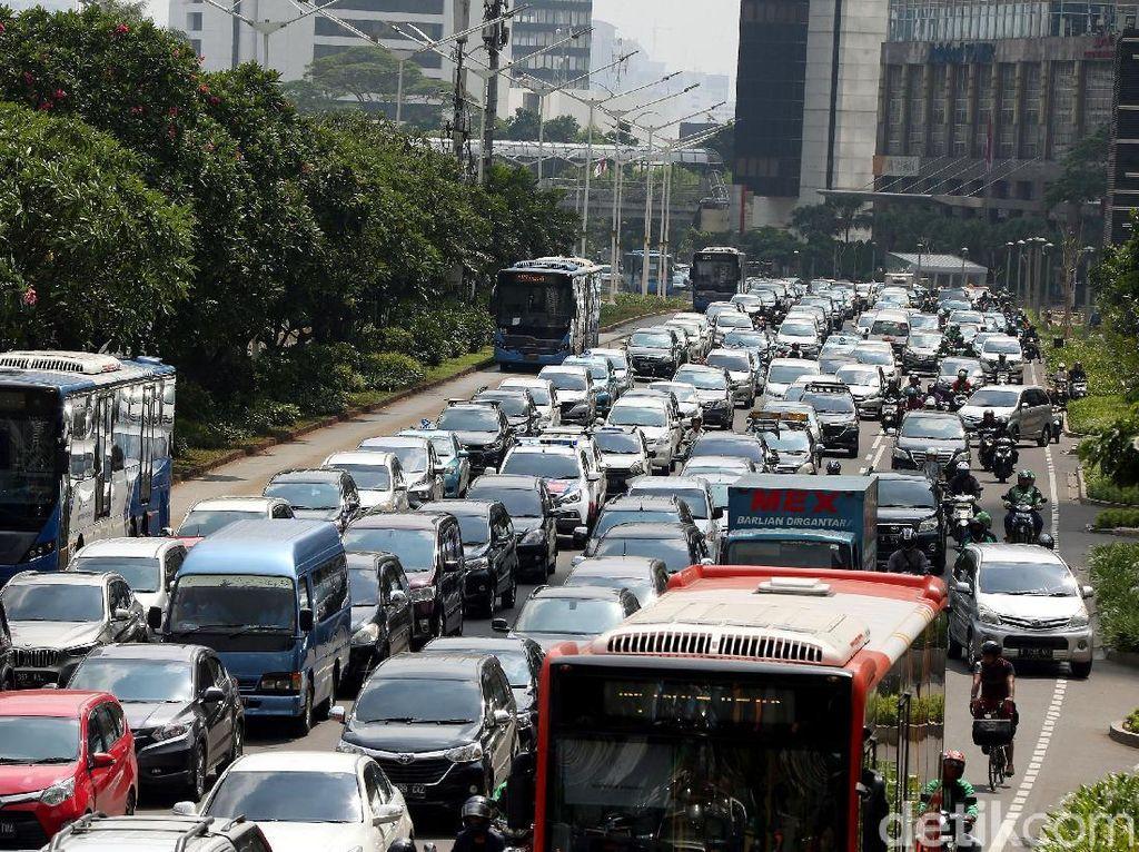 Kurangi Kemacetan Jakarta, Kantong Parkir Dibangun di Bekasi-Bogor