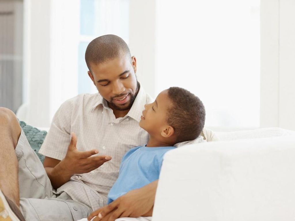 Cara Seru Ajarkan Anak Aturan Berlalu Lintas