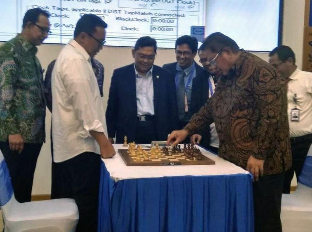 Menpora Buka Turnamen Catur Taspen Anniversary 2019