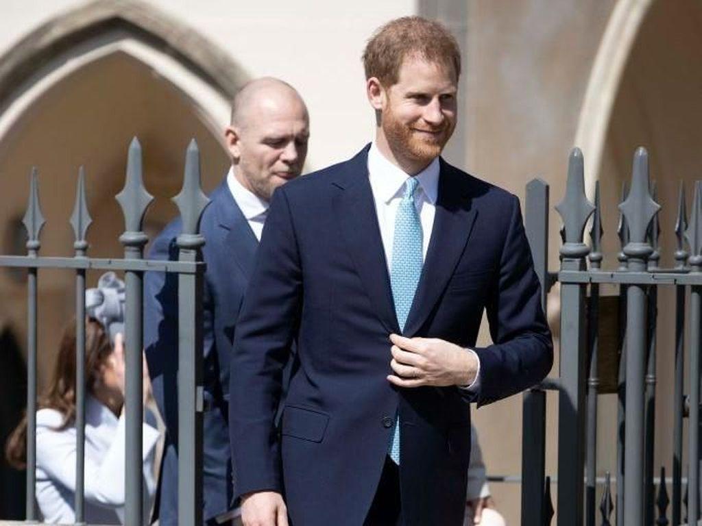 Pangeran Harry Menjauh dari William Saat Paskah, Pakar Duga Ada Keretakan