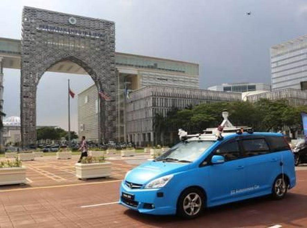 Negara Tetangga Sudah Uji Coba Mobil Otonom Lho!