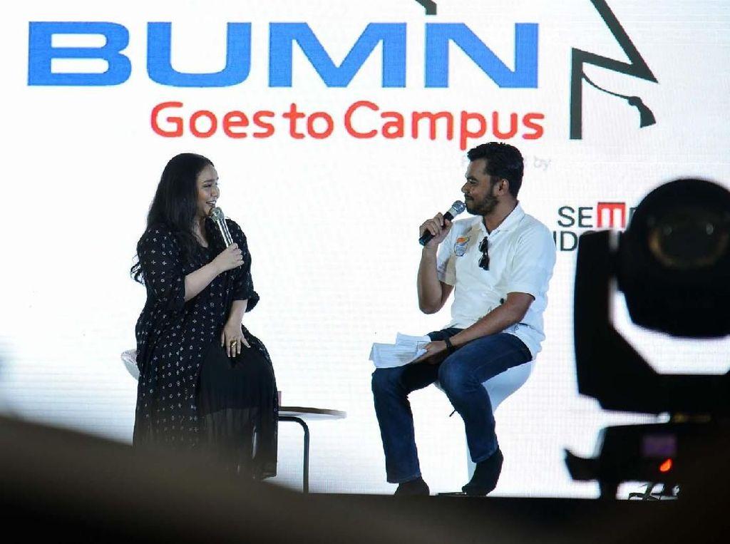 Gita Gutawa Berbagi Pengalaman di BUMN Goes To Campus