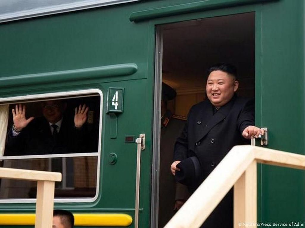 Naik Kereta Api Khusus, Kim Jong Un Tiba di Rusia Untuk Temui Putin
