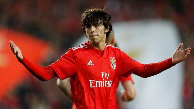 Joao Felix menjadi pemain termuda yang berhasil cetak hattrick di Liga Europa.