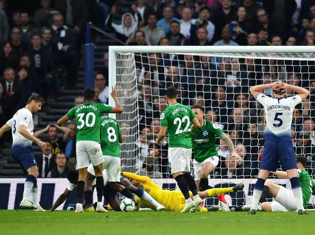Tottenham Vs Brighton Masih Sama Kuat di Babak Pertama