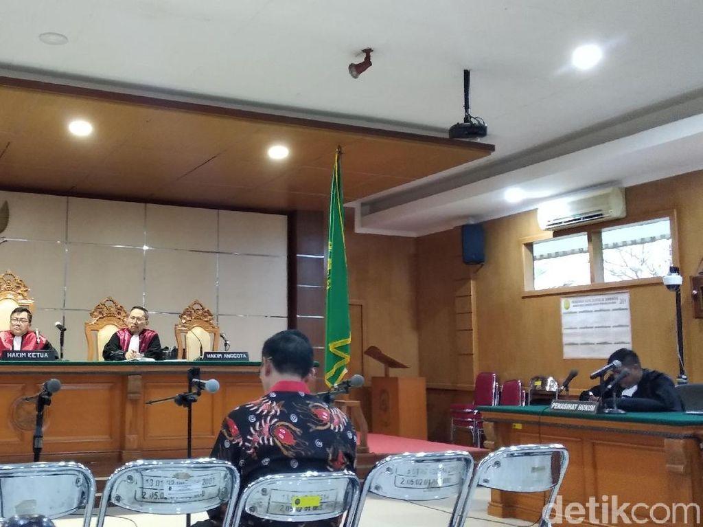 Kasus Jual-Beli Jabatan, Bupati Cirebon Dituntut 7 Tahun Bui