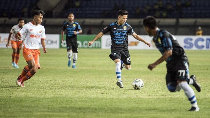 Persib Bandung kalah dari Borneo FC. (Foto: Agung Rajasa/Antara)