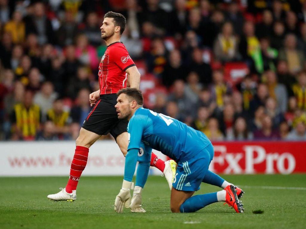 Shane Long Jadi Pencetak Gol Tercepat di Era Premier League