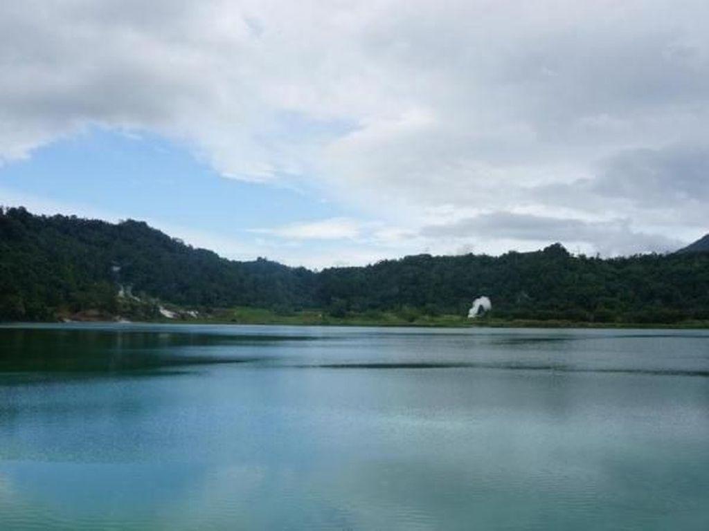 Danau Linouw, si Cantik dari Tomohon