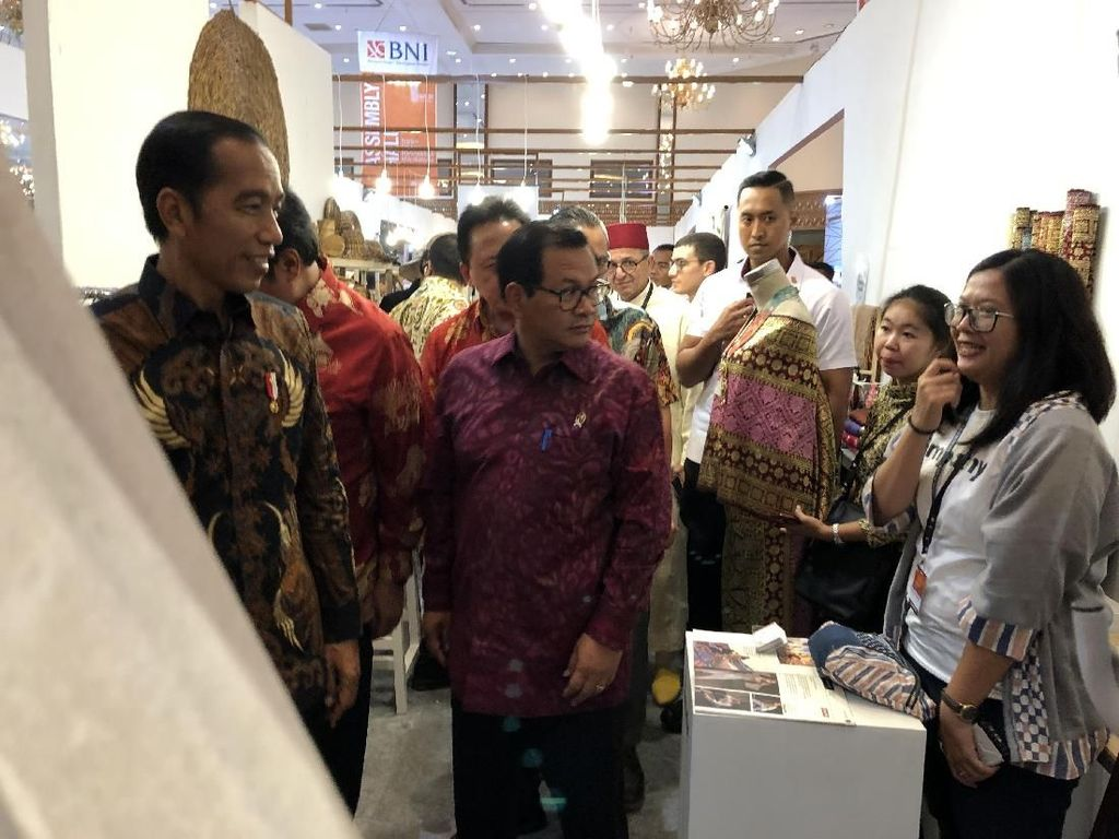 Jokowi Lantik Eks Dankor Brimob Jadi Gubernur Maluku Siang ini
