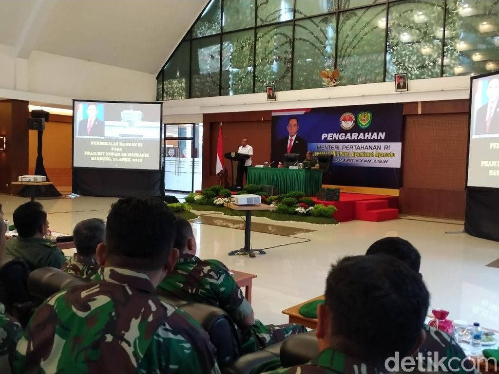 Anggaran TNI Dipersoalkan, Menhan: Jangan Egois!