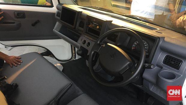 Interior Suzuki Carry baru.