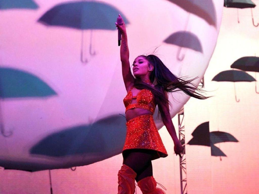 Waduh! Ariana Grande Dituntut Rp 361 Juta
