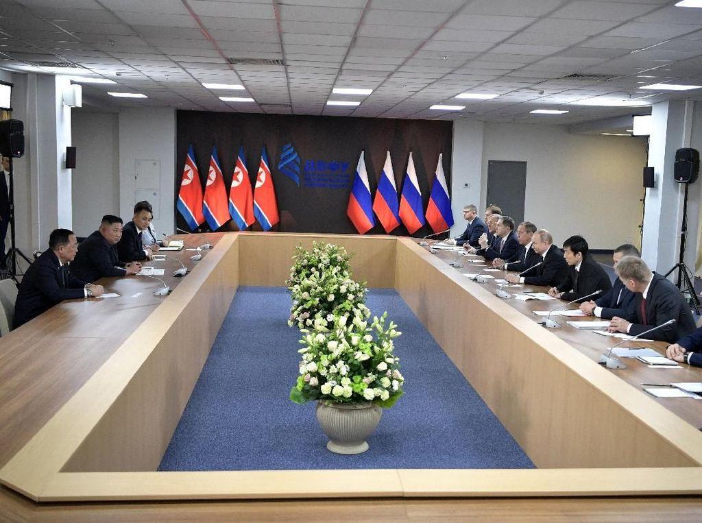 Pertemuan Putin dan Kim Jong-Un Berlangsung 3,5 Jam, Ini yang Dibahas
