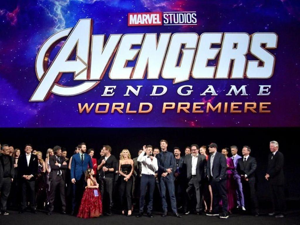 Bisa Tebak Ponsel Android yang Muncul di Avengers: Endgame?
