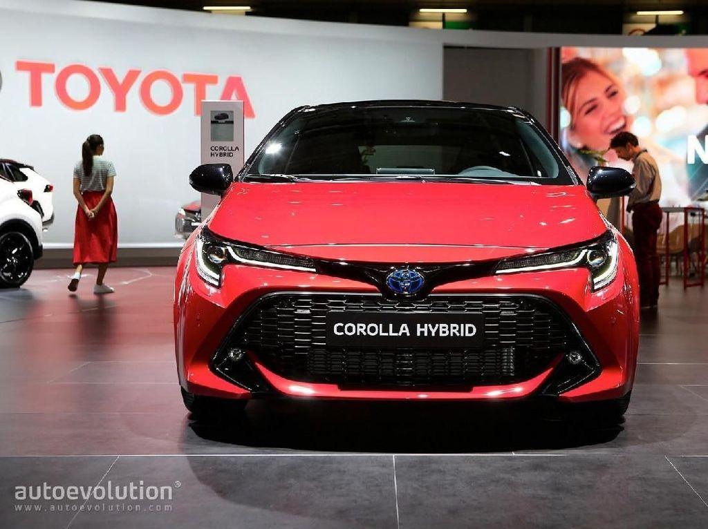 Toyota Corolla Hybrid Tembus 100 Kpj dalam 8 Detik