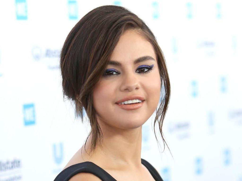 Perjuangan Selena Gomez Melawan Lupus dan Gangguan Mental