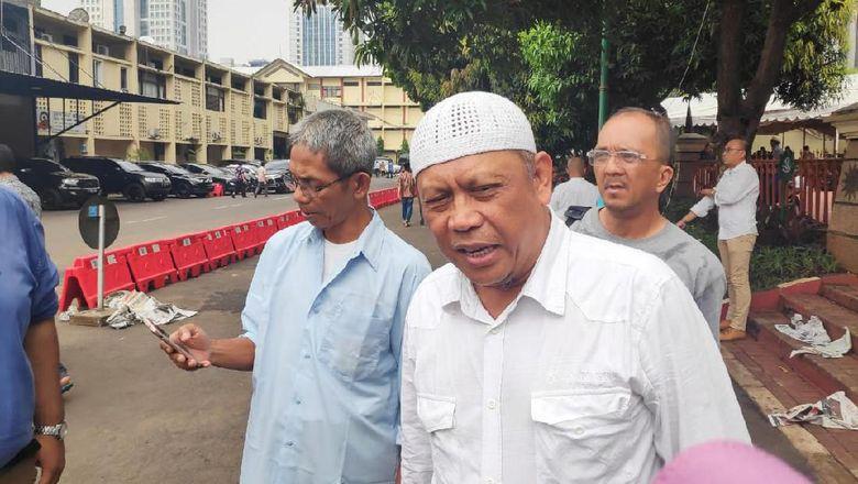 Sudah 11 Jam, Eggi Sudjana Masih Diperiksa di Polda Metro Jaya