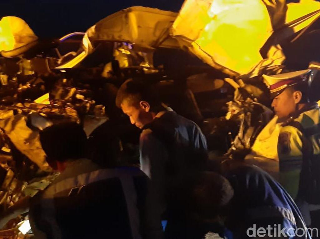 Mahasiswa Tebuireng yang Kecelakaan di Tol Nganjuk Pulang Rekreasi