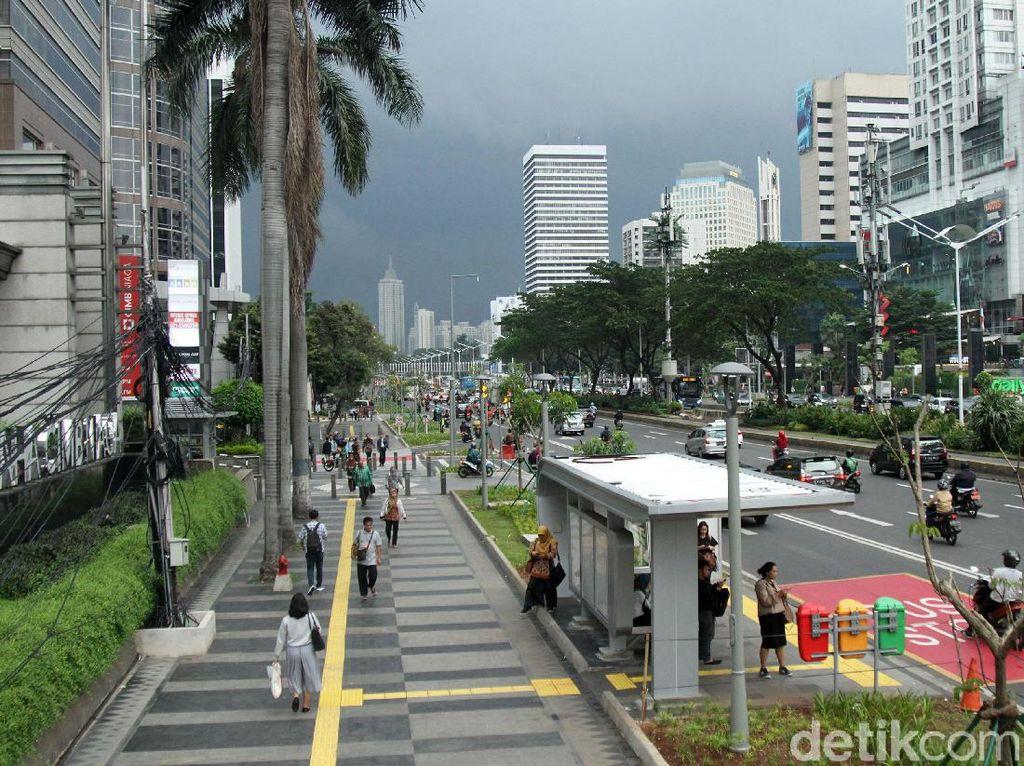 Pemprov DKI Rampungkan Desain Trotoar PKL di Sudirman-Thamrin