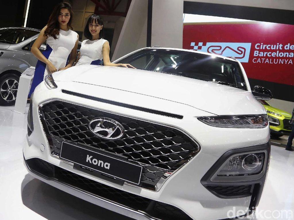 Ganteng Mana Nih, Toyota C-HR, Hyundai Kona, atau Mazda CX-3?