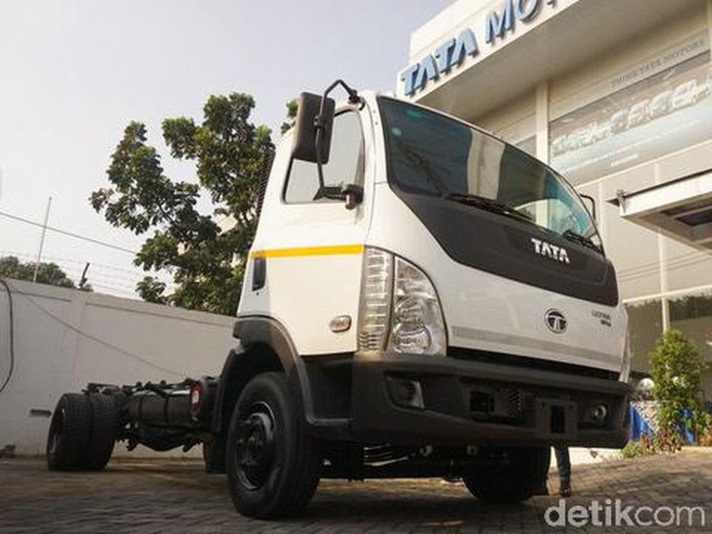 Tata Motors Kenalkan Truk Ringan Tata Ultra 1014 WB 45