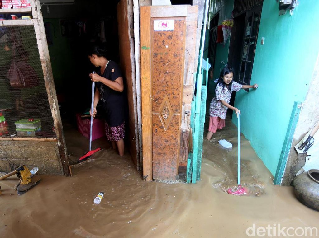 Video Kata Warga Korban Banjir Pejaten soal Relokasi