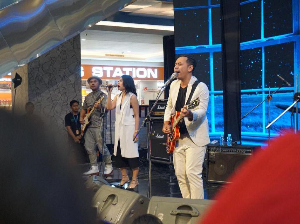 Tutup dHOT Music Bali, Pongki Ajak Penonton Jejingkrakan