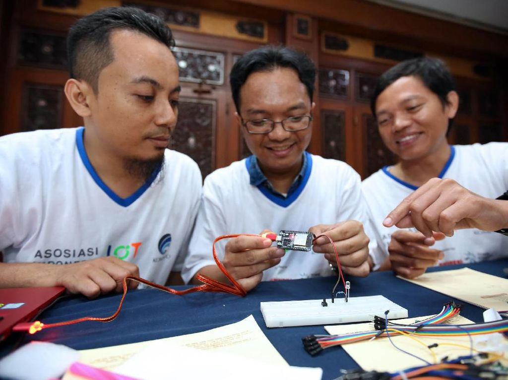 Serunya IoT Makers Creation 2019