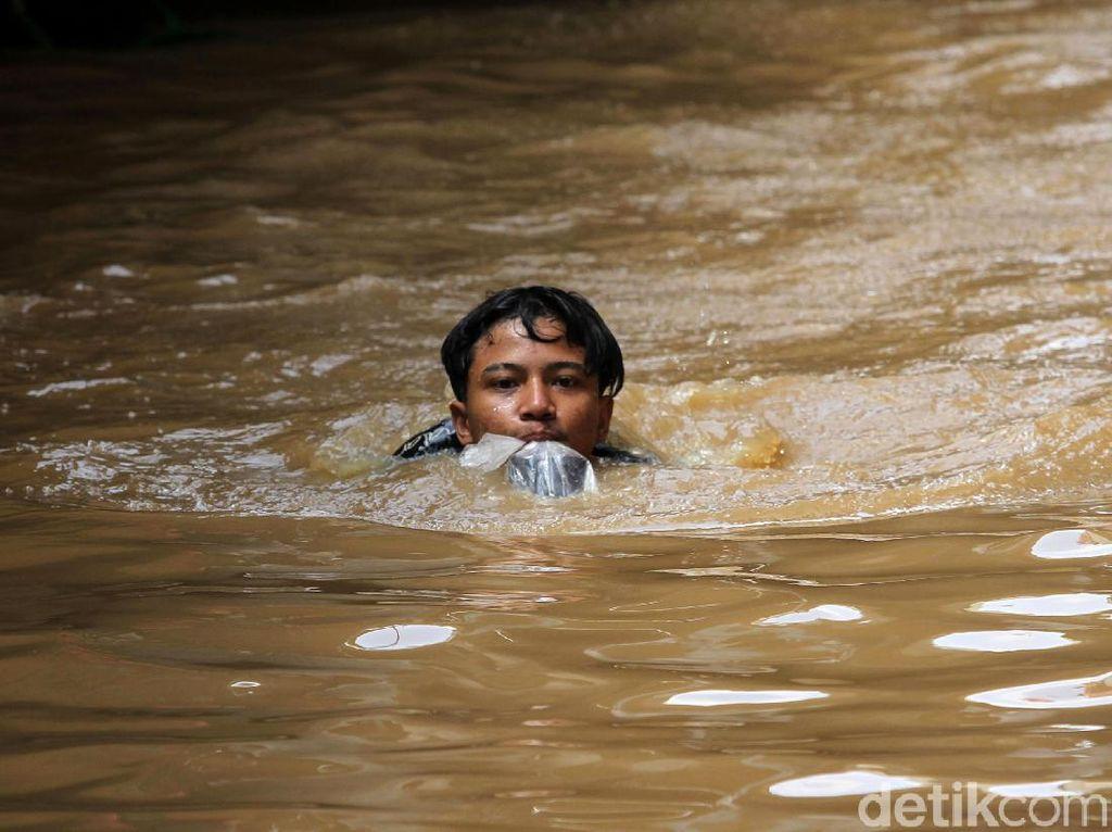Ciliwung Meluap, Kampung Melayu Kembali Kebanjiran