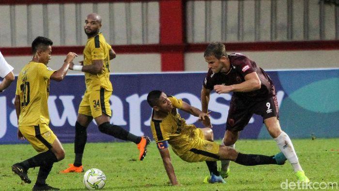Bhayangkara FC bersiap menghadapi Bali United. (Rifkianto Nugroho/detikSport)