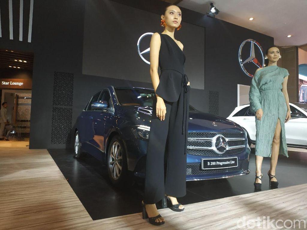 IIMS 2019: Mercy Boyong 2 Mobil Mewah Anyar