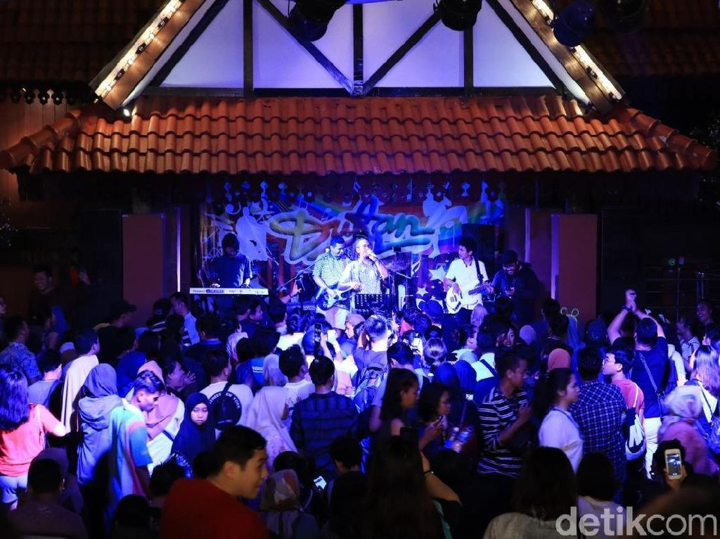 Live Music & Gelaran Dangdut Tutup Dufan @Night