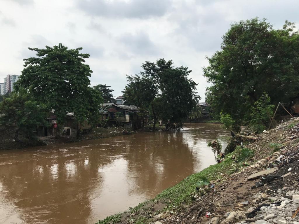 Kerap Kena Banjir, Warga Cawang Harap Normalisasi Ciliwung Dilanjutkan