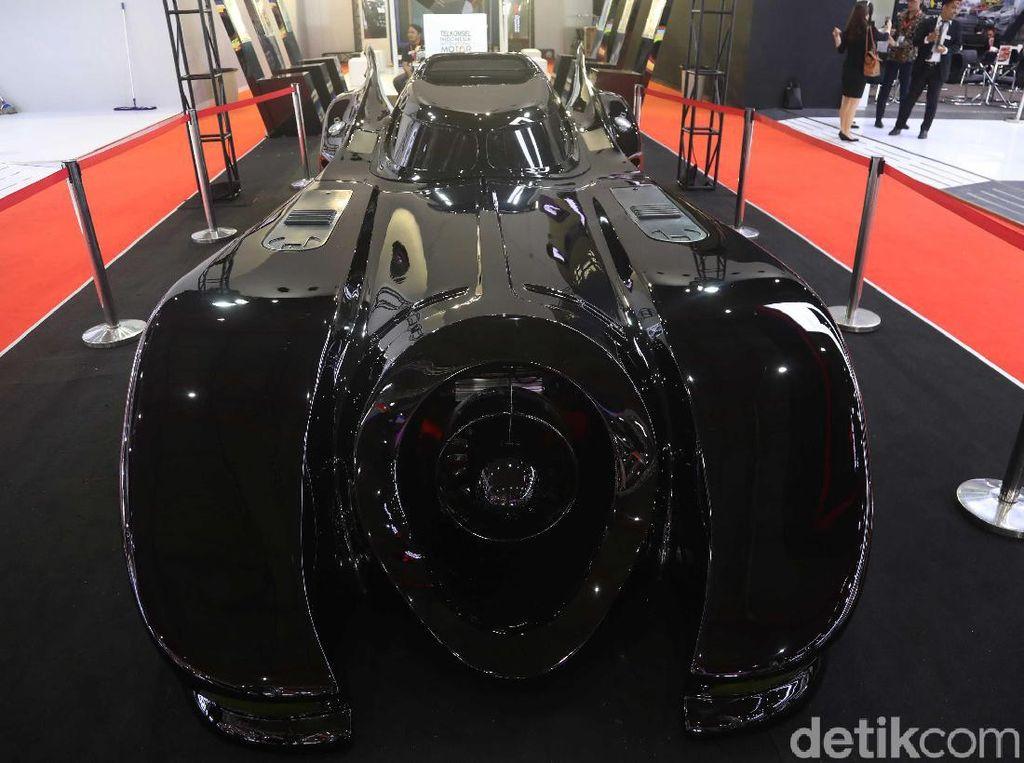 Mau Naik Mobil Batman di IIMS 2019? Begini Caranya!
