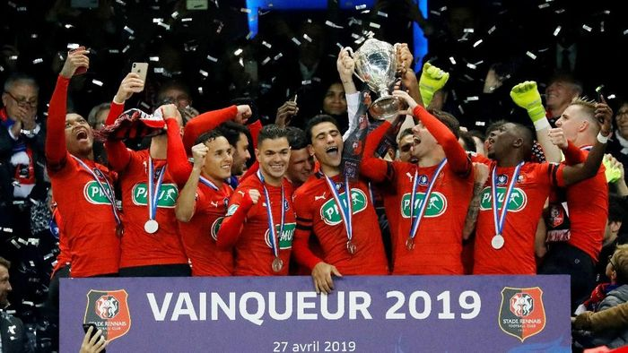 Rennes juara Coupe de France usai mengalahkan Paris Saint-Germain di final (Foto: Charles Platiau/Reuters)