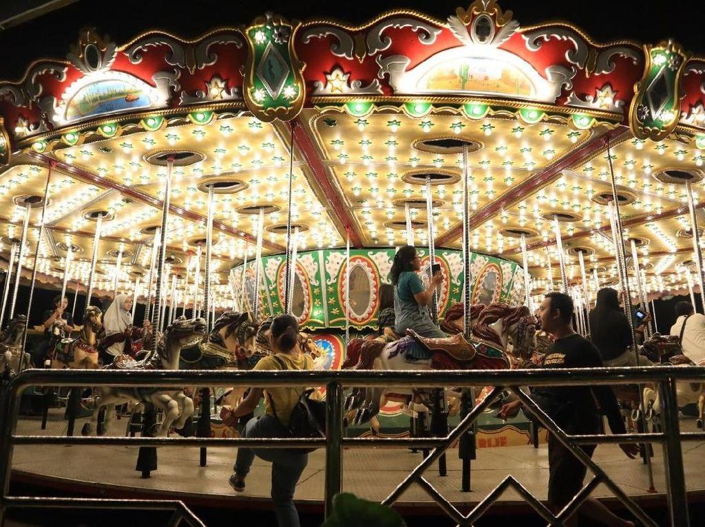 Foto: Kelap-kelip Dufan di Malam Hari