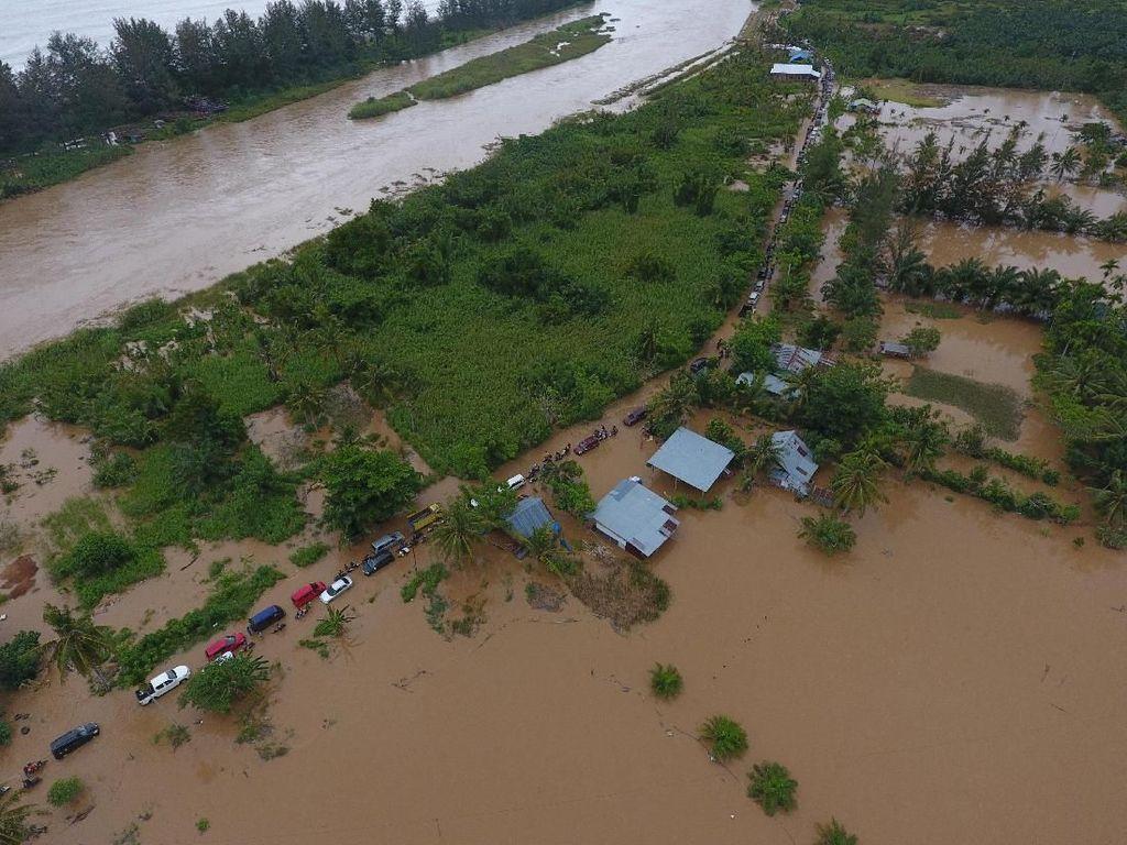 BNPB: Korban Tewas Banjir Bengkulu Jadi 17 Orang, 9 Hilang