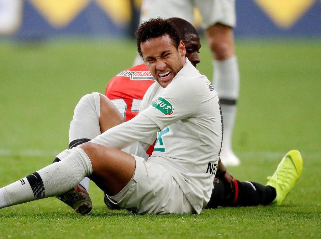 PSG Kalah di Final Piala Prancis, Neymar Ngamuk dan Pukul Fans