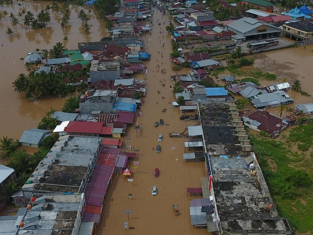 BMKG Prediksi Hujan Deras Landa Bengkulu hingga Malam