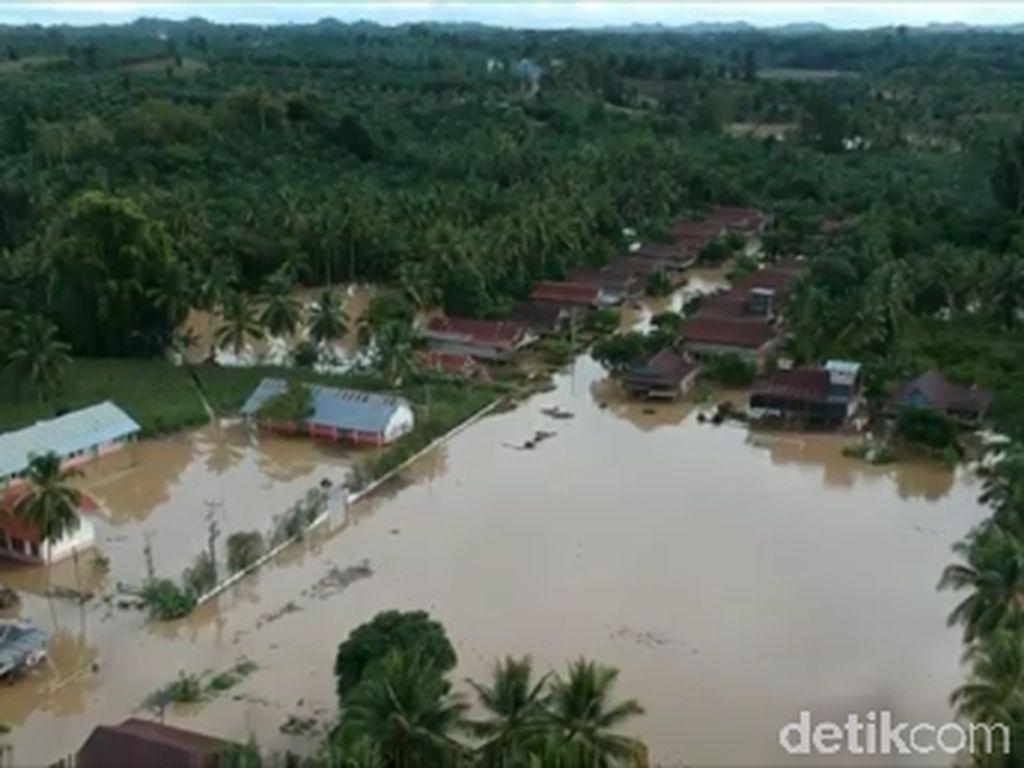 Ratusan Rumah di Mamuju Tengah Sulbar Terendam Banjir