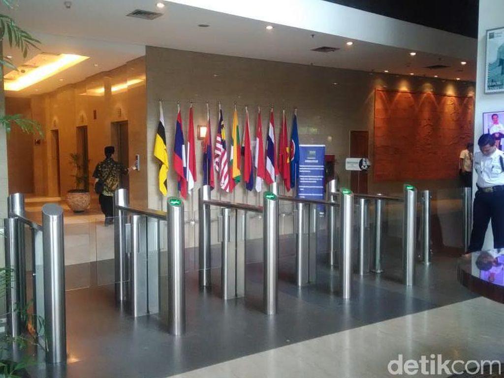 Ruang Menteri Enggartiasto Digeledah KPK, Begini Suasana di Kemendag