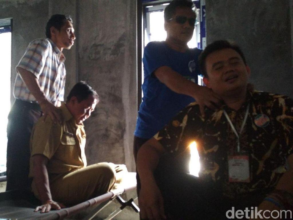 Dinsos Blitar Sediakan Tukang Pijat Tombo Kesel ke Petugas Pemilu