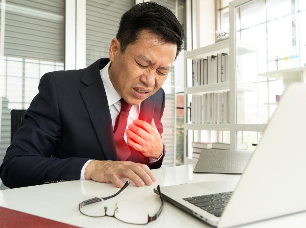 Bukan dengan Terapi Infus, Ini Pengobatan yang Tepat untuk Jantung Koroner