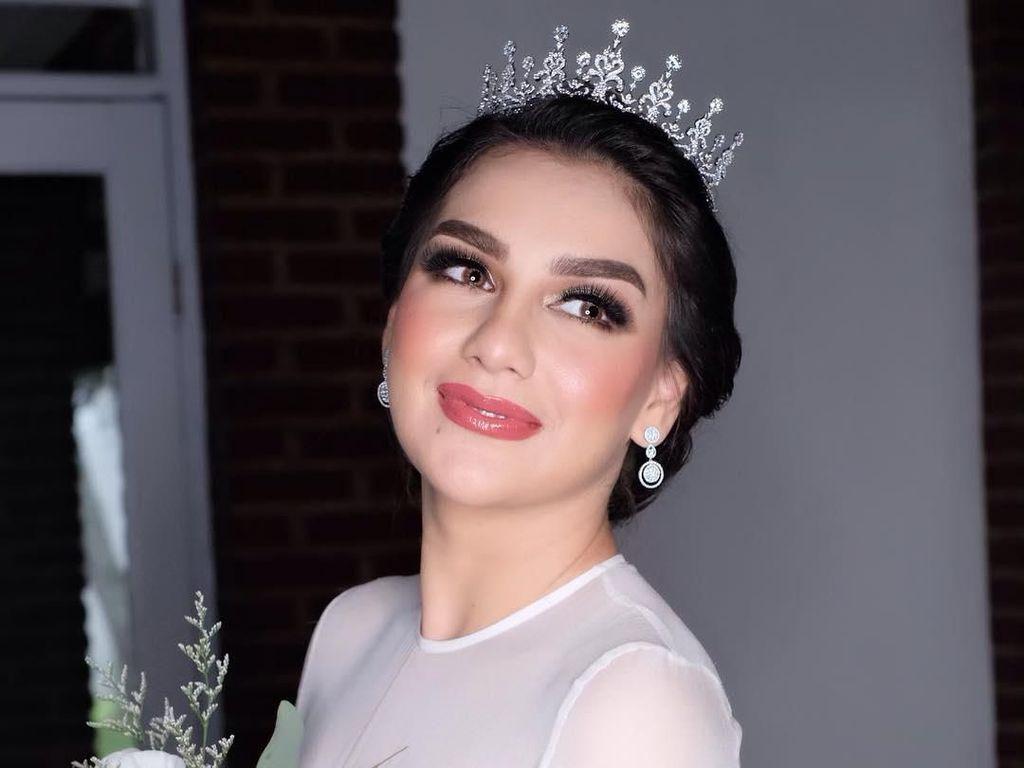 Foto: Pesona Irish Bella Saat Menikah, Dipuji Mirip Ratu Telenovela Thalia