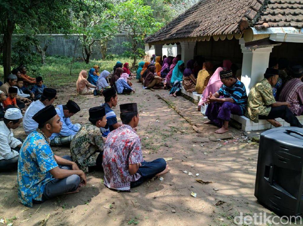 Jelang Ramadan, Makam Batoro Katong Ponorogo Diserbu Peziarah