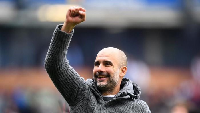 Pep Guardiola raih gelar pelatih terbaik Premier League (Michael Regan/Getty Images)