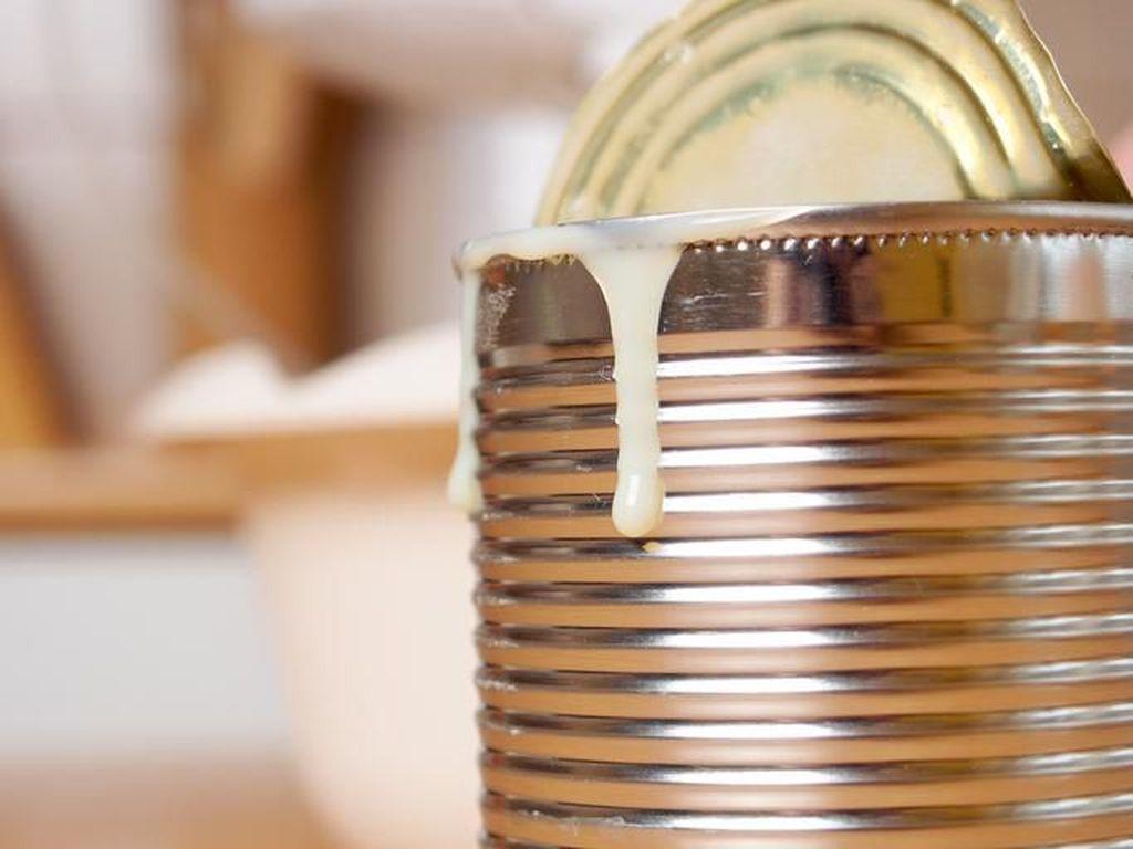 Cara Benar Simpan Kornet dan Susu Kental Manis yang Sudah Terbuka di Kulkas