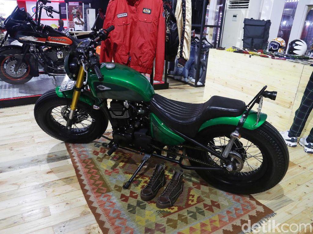 Spek dan Harga Kawasaki W175, Motor yang Dipakai Jokowi Blusukan