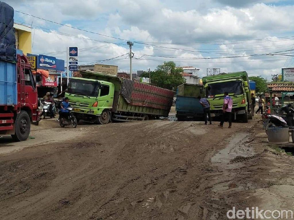 Jalan Lintas Palembang-Jambi Rusak Parah, DPRD Minta Pemerintah Pusat Perbaiki